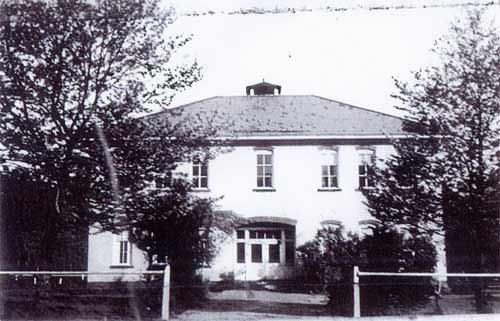 Heilwood School building, circa 1939 (note the addition of a bell tower on top of the building).