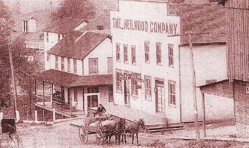 Another view of the original Heilwood Company store and post office, with the store manager's home directly below, circa 1906.