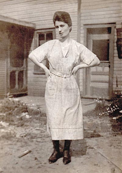Helen Kerniskey, baker for the Heilwood Inn, date unknown.