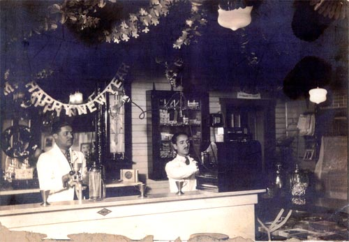 "Heilwood's ""modern soda fountain"" installed in the converted company store/restaurant (circa 1922)."