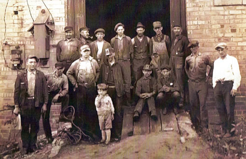 A large group of workers - probably all 'outside' workers at an unknown date. They quite possibly were car shop, machine shop, as well as tipple workers.