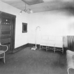 Interior view of the doctor's office.