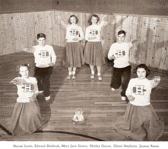 Pine Township High School cheerleaders (1949)